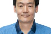 등굣길 무료로 빵 나누고 28년간 미용 봉사해 온 김쌍식, 김연휴氏에게 'LG의인상'
